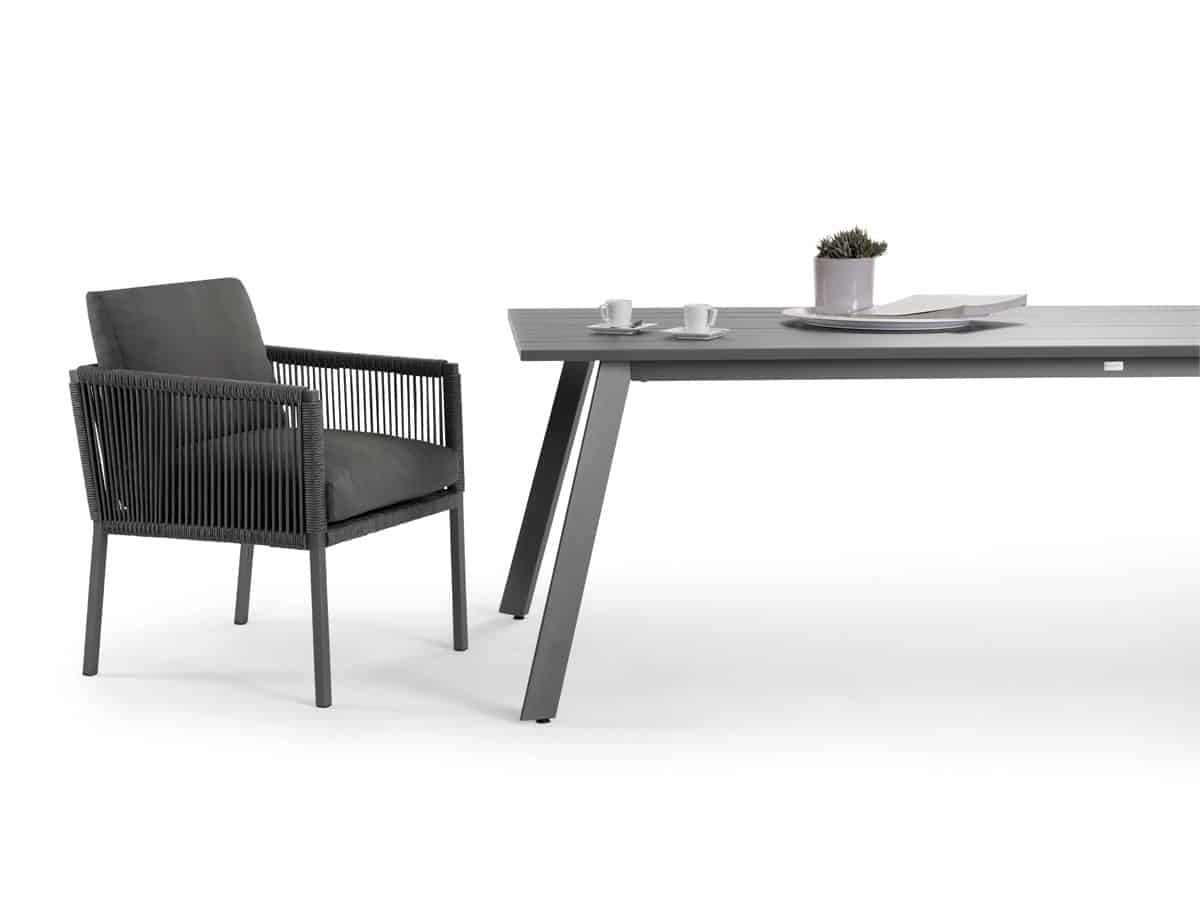 Club dining sessel solpuri for Design club sessel